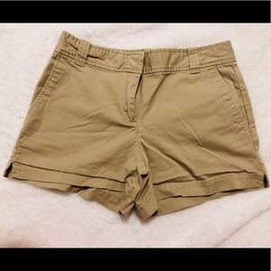 🍁5 for $20🍁 NY & Co low rise Khaki short